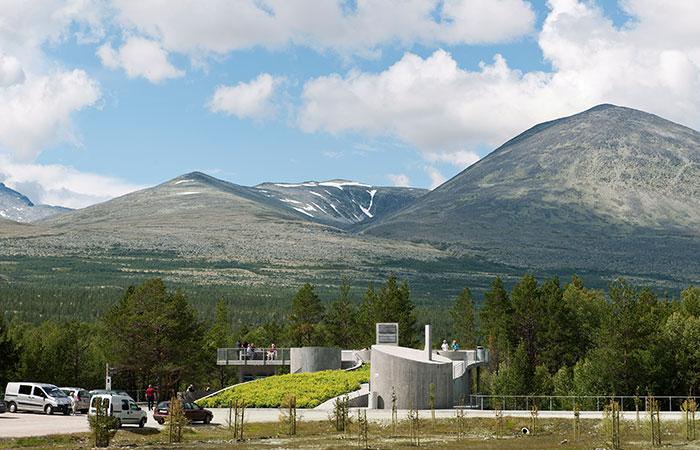 Strømbu rasteplass spektakulær utsikt til Rondane